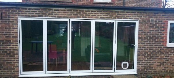 Aluminium Bifold with Catflap - D & T